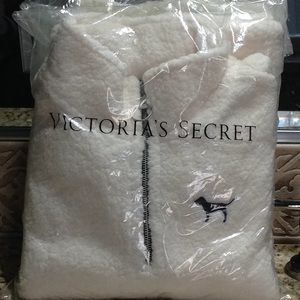 VICTORIA'S SECRET-PINK SHERPA TOP